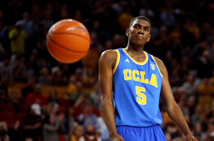 Kevon Looney could be the perfect fit for a contending team. (Mark J. Rebilas/USA Today Sports)