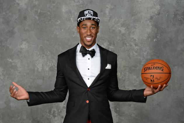 "RHJ sporting an ""interesting"" draft day suit. (Jennifer Pottheiser/Getty Images)"