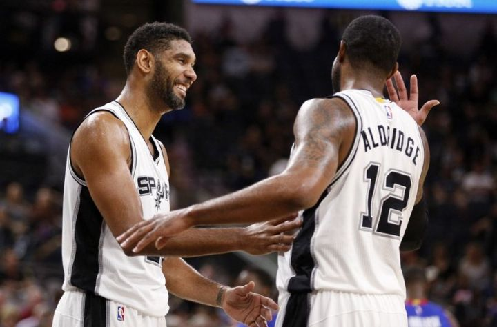The San Antonio Spurs are looking to rule the West...again. (Sebum Im/Getty Images)