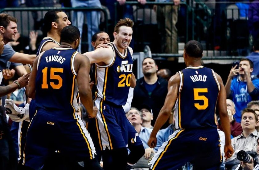 gordon-hayward-rodney-hood-derrick-favors-nba-utah-jazz-dallas-mavericks-850x560-2